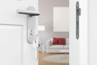Gewerbeimmobilie in der Immobilienversicherung absichern.